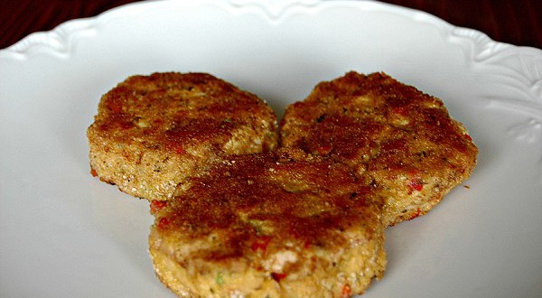 Salmon Cakes (Freezable)
